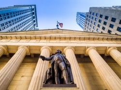 Facade of the Federal Hall in New York City