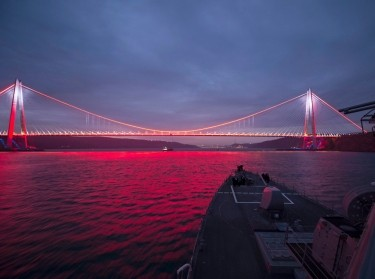 The USS Carney, a missile-guided destroyer, approaches the Bosphorus Strait on its journey to transit out of the Black Sea, photo by Petty Officer 3rd Class Weston Jones/U.S. Navy