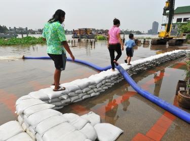 sandbags flood relief