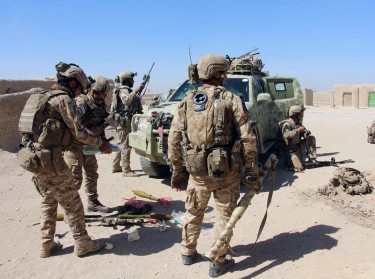 Afghan Special Forces prepare for battle with the Taliban on the outskirts of Lashkar Gah, the capital of Helmand Province, Afghanistan, October 10, 2016