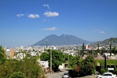 A surburban street in Cerro de la Silla, Monterrey, Mexico. Photo by Ana / Adobe Stock