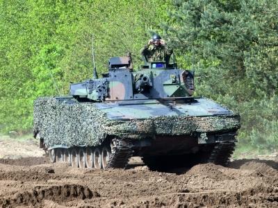 CV 90 in Dutch Service